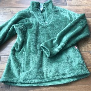 Olive green fuzzy pullover north face